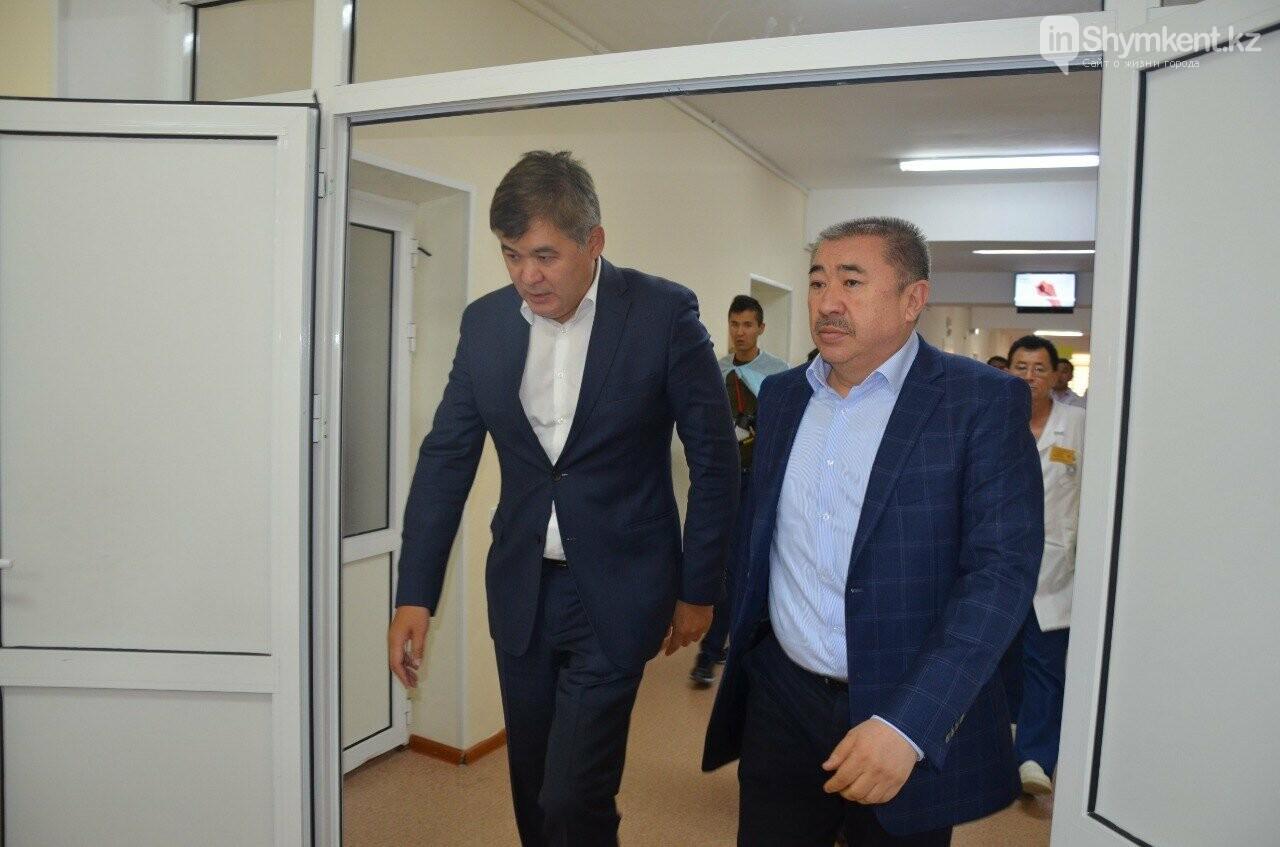 В ходе поездки министры посетили центральную больницу Туркестанской области, фото-4