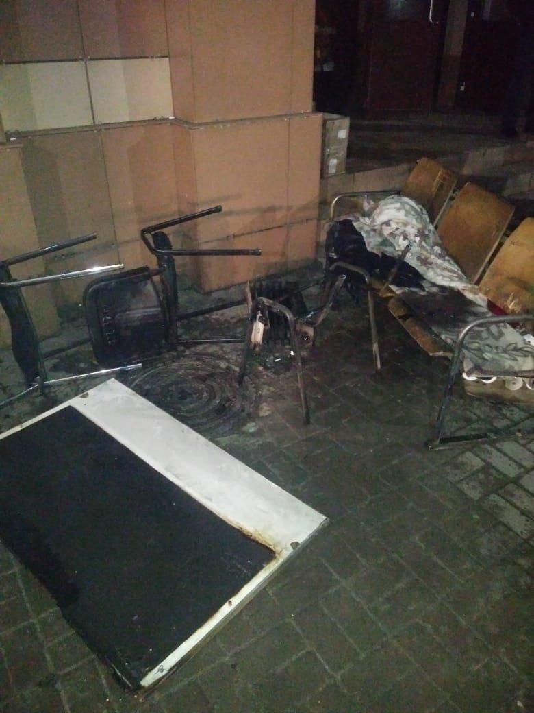 Пожар произошёл в здании вокзала Шымкента, фото-1, КЧС МВД РК