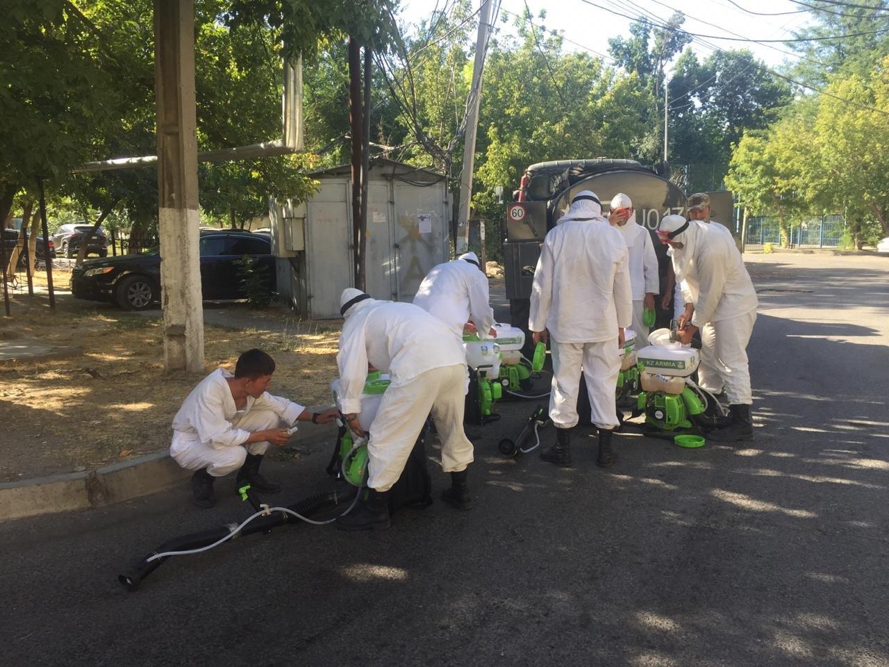 В ходе масштабной дезинфекции в Шымкенте используют 5 тонн хлорки, фото-1, Фото: пресс-служба акимата Шымкента